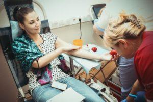 रक्तदान के फायदे व इससे जुड़ी कुछ गलत धारणाएं