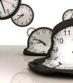 समय का महत्व पर निबंध : Essay on Importance of Time in Hindi