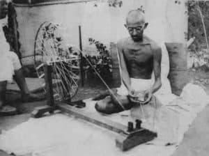 Rashtrapita Mahatma Gandhi Essay Hindi